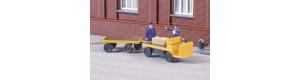Vozík akumulátorový, ještěrka, s plošinou a přívěsem, TT, Auhagen 43659