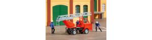 Stavebnice hasičského vozu Multicar M22 s žebříkem, H0, Auhagen 41655