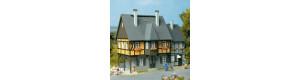 Městský dům, Nádražní ulice č. 1, H0/TT, Auhagen 12343