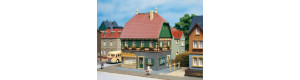 Obytný dům s přízemním obchodem, H0/TT, Auhagen 12347