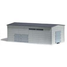 Betonová hala z prefabrikátů, s přípravou pro kolejové napojení, TT, Busch 8763