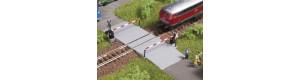Železniční přejezd se závorami, N, Auhagen 44637